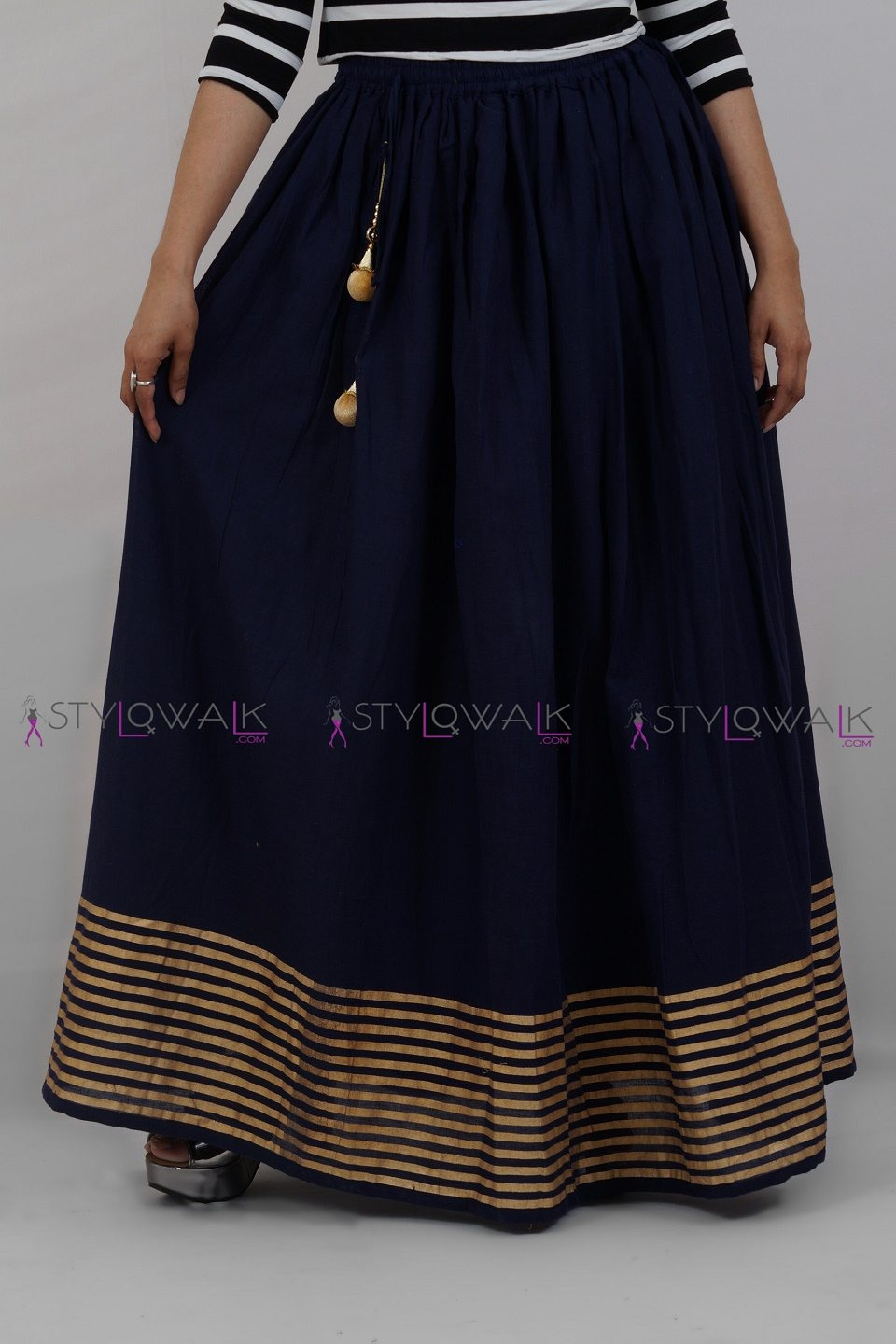 Cottom Border Lning Skirt- Neay Blue Skirt- stylowalk.com